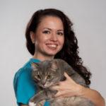 Eläinlääkäri Jevgenia Volkova